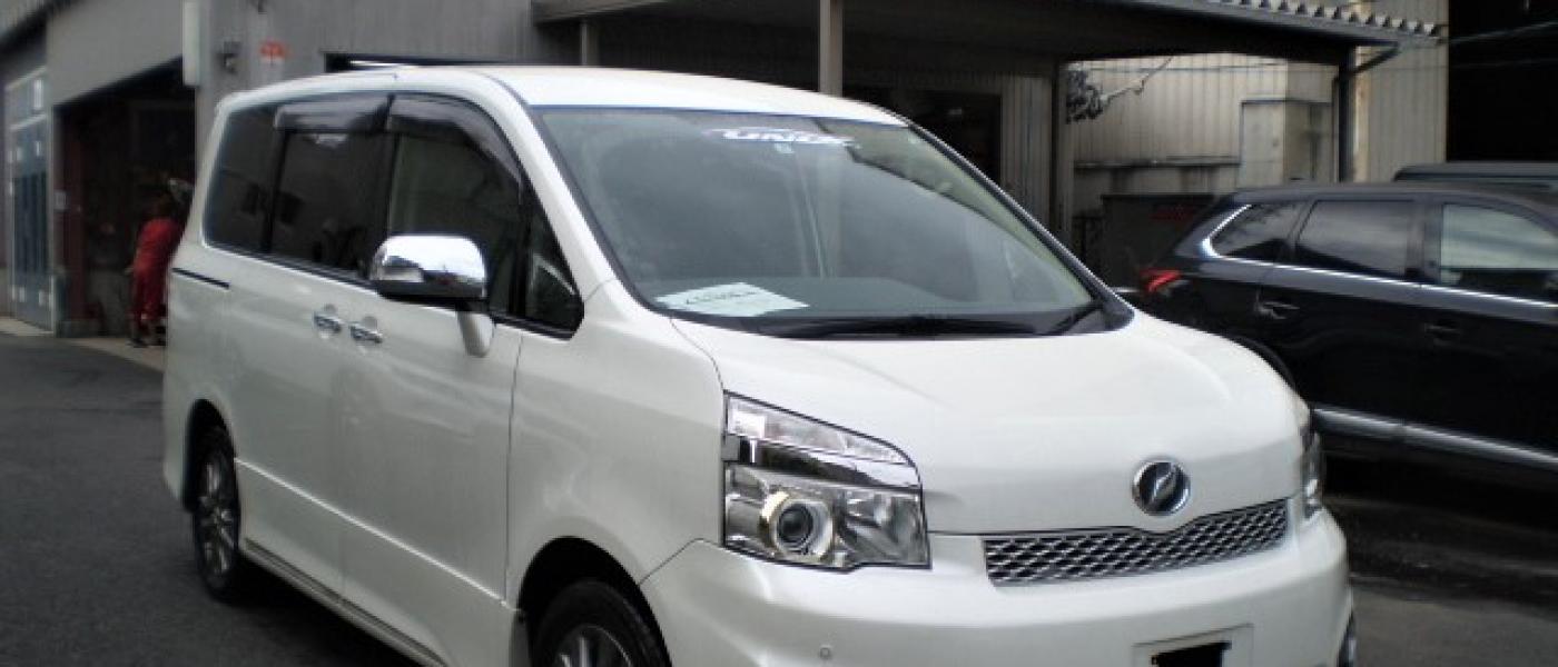 2013 Toyota Voxy ZS Kirameki