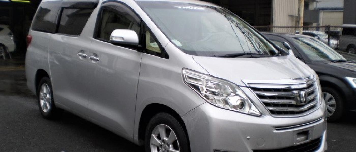 2013 Toyota Alphard