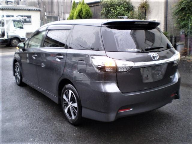 2014 TOYOTA WISH GRAY