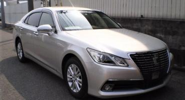 2014 TOYOTA CROWN ROYAL SALOON